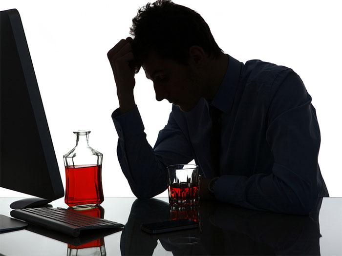 С чего лучше начать лечение от алкогольной зависимости